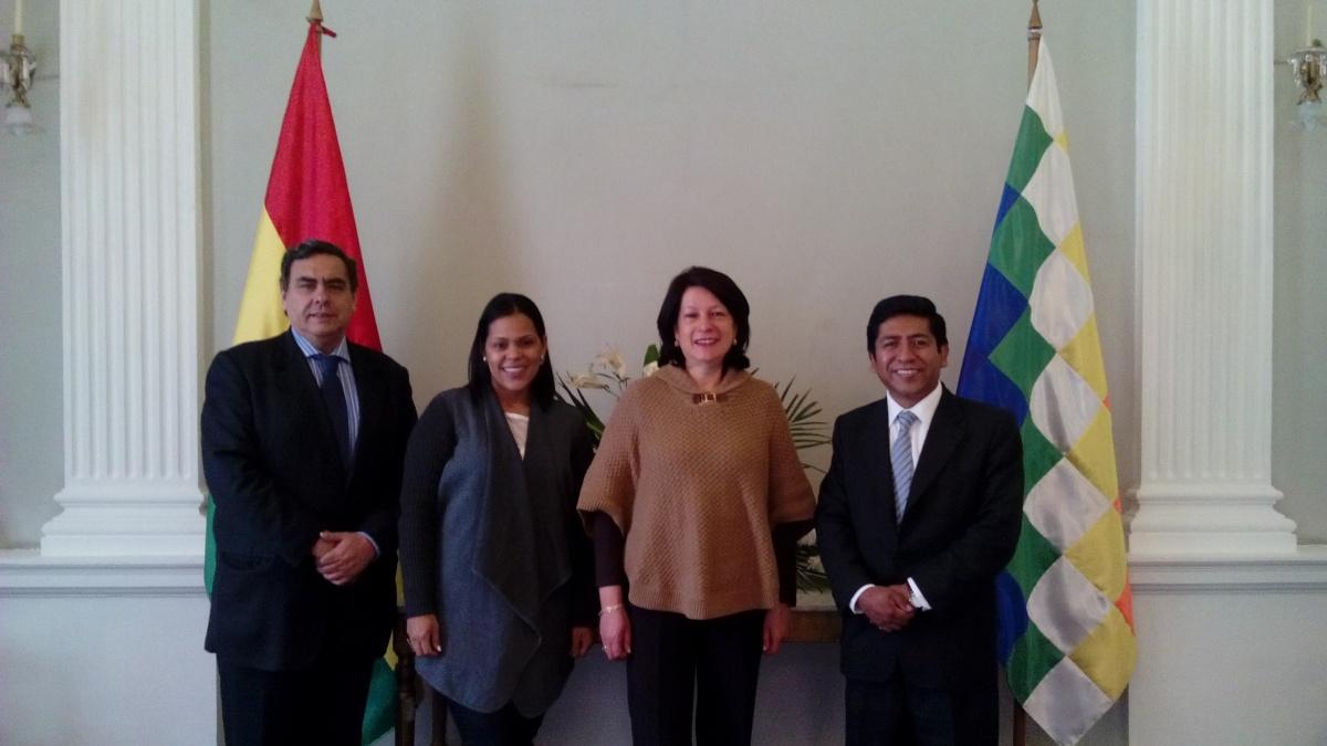 embajada de colombia en Bolivia