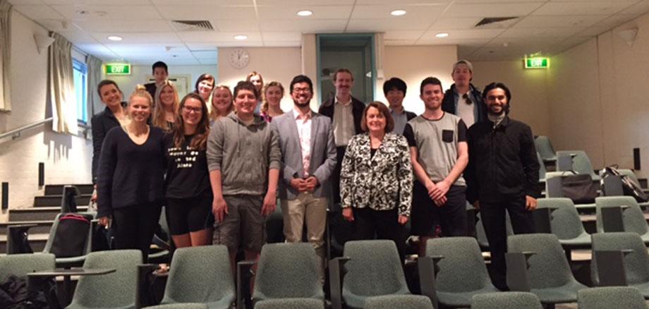 La Embajadora de Colombia en Australia presentó las oportunidades y retos de la política exterior colombiana en la Universidad Nacional de Australia